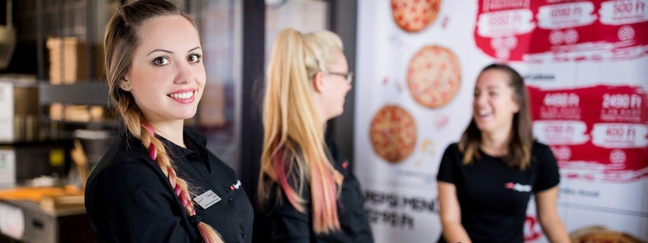 Previous. Pizza Hut Magyarország - Csapatfotó 304592045c