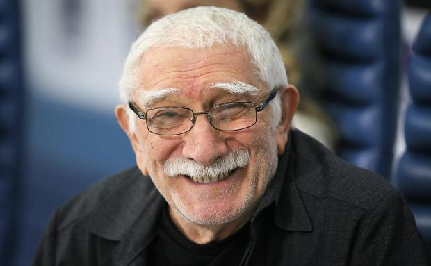 84-летний Армен Джигарханян госпитализирован: что известно о состоянии артиста