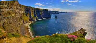 Travel to the Cliffs of Moher in Ireland