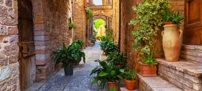 Umbrian Castle & Rome