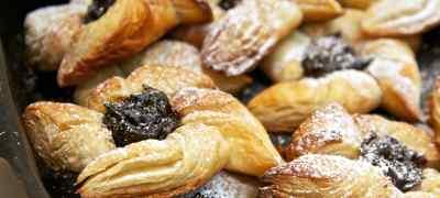 Holiday Desserts Around the World
