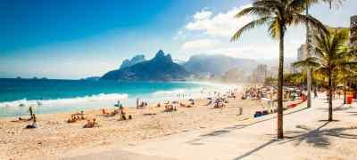 15 Iconic Beaches Around the World
