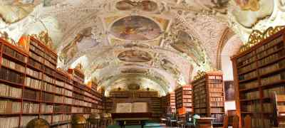 8 Breathtaking Libraries You'll Want to Get Lost In