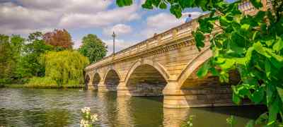 Explore London with B&Bs