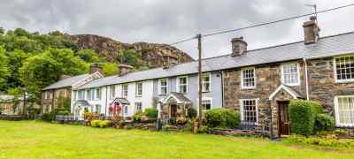Explore England & Wales with B&Bs