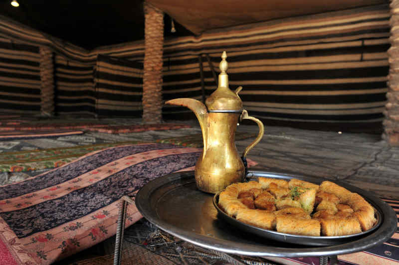 Bedouin tea and snacks
