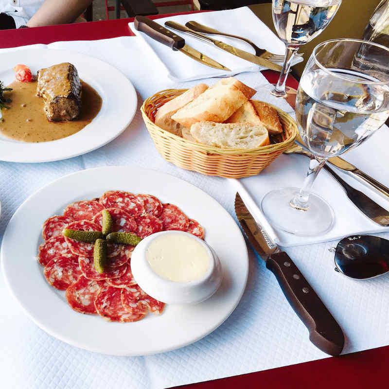 Restaurant de la Tour, Paris