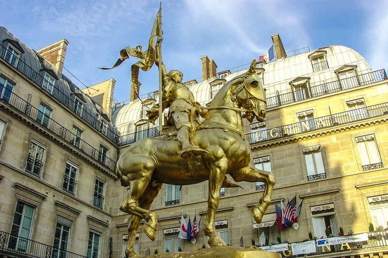 Joan of Arc Gold Statute, Paris