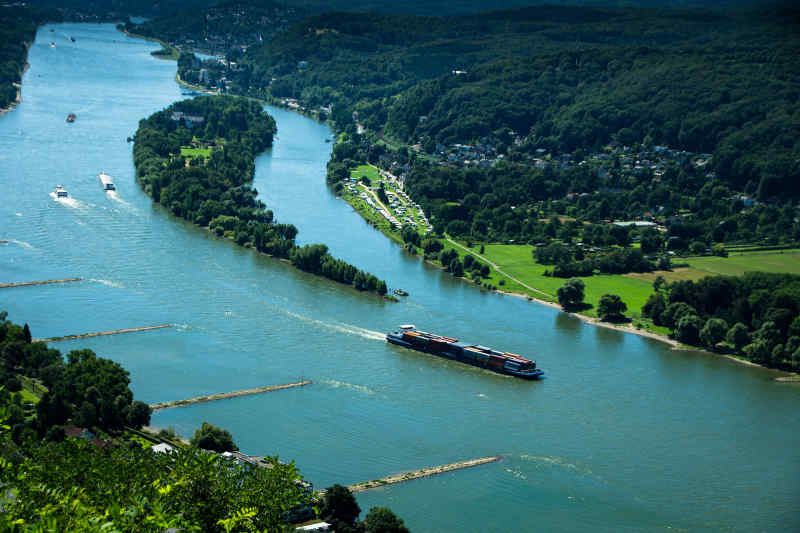 Travel to Rhine River