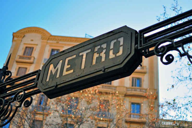 Metro sign in Barcelona