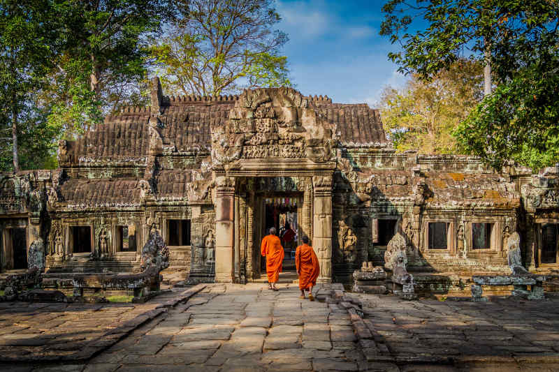 Travel to Angkor Watin Cambodia