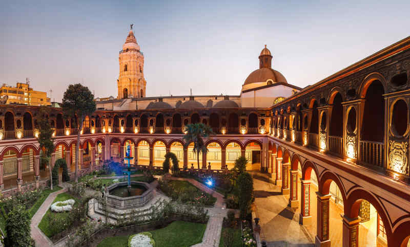 Basilica and Convent of Santo Domingo