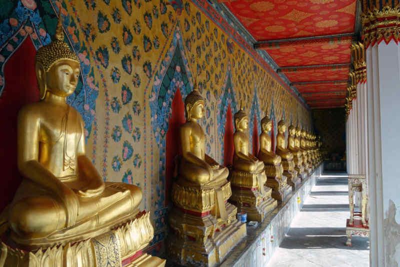 Buddhist statues in Thailand