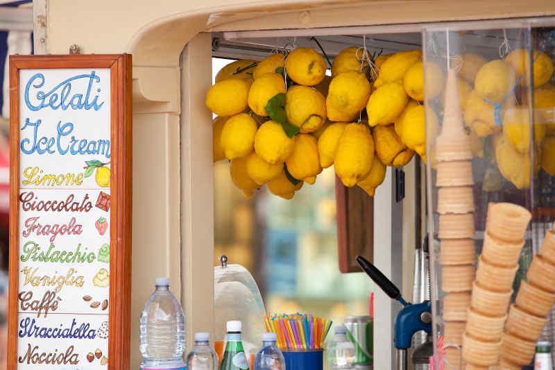 Gelato stand in Capri