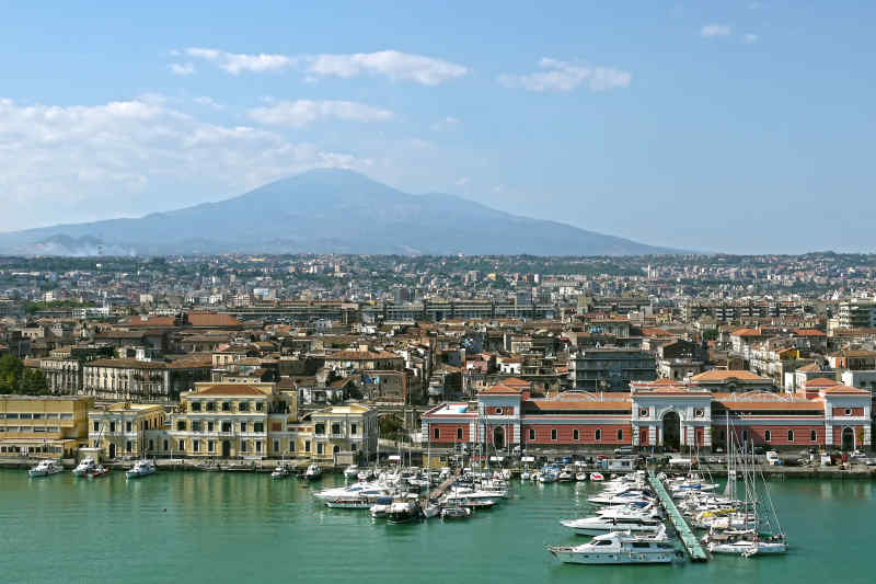 Travel to Catania in Italy
