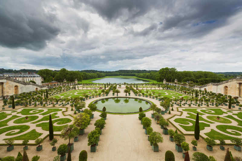 Travel to Palace of Versailles