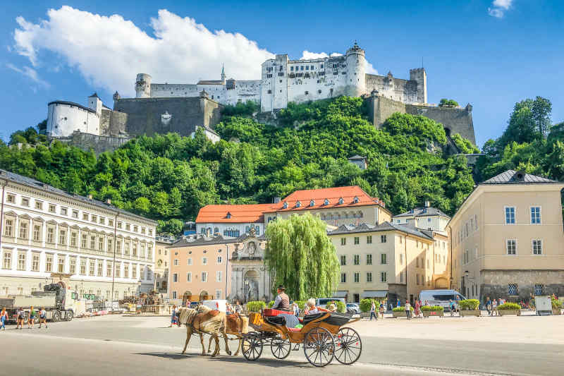 Horse carriage in Salzburg
