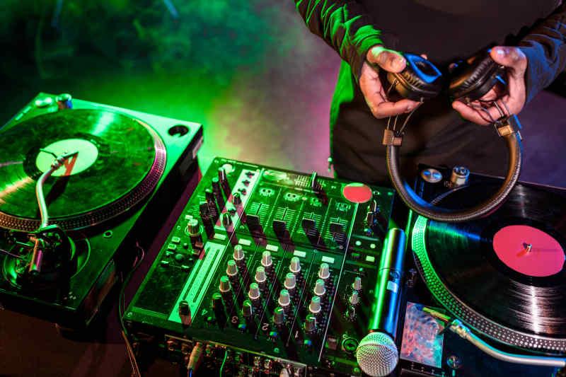 Paris France DJ