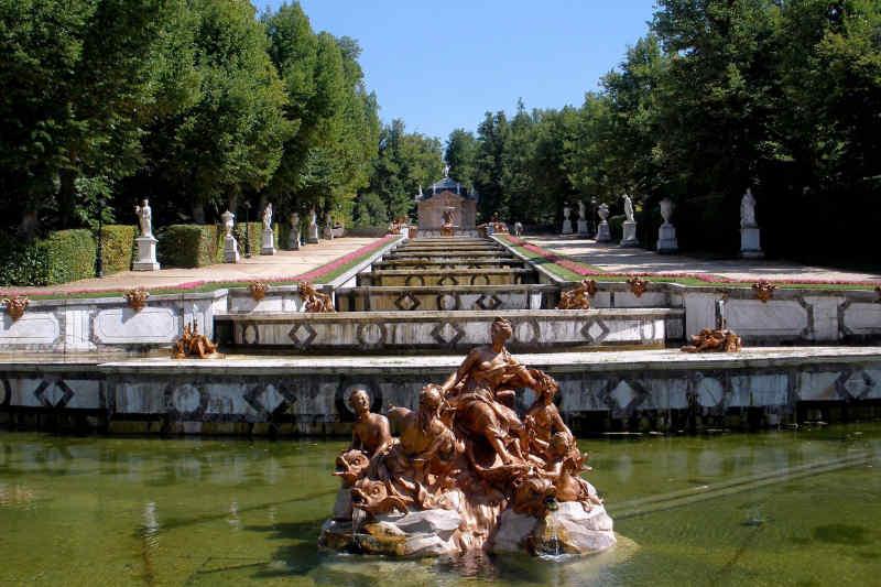 Travel to Segovia in Spain