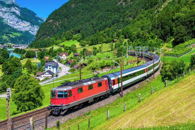 Gotthard Panorama Express
