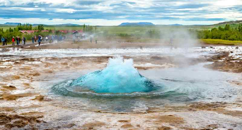 Travel to Reykjavik in Iceland
