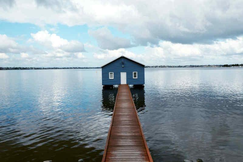 Blue Boat House (Perth Crawley Edge Boatshed)