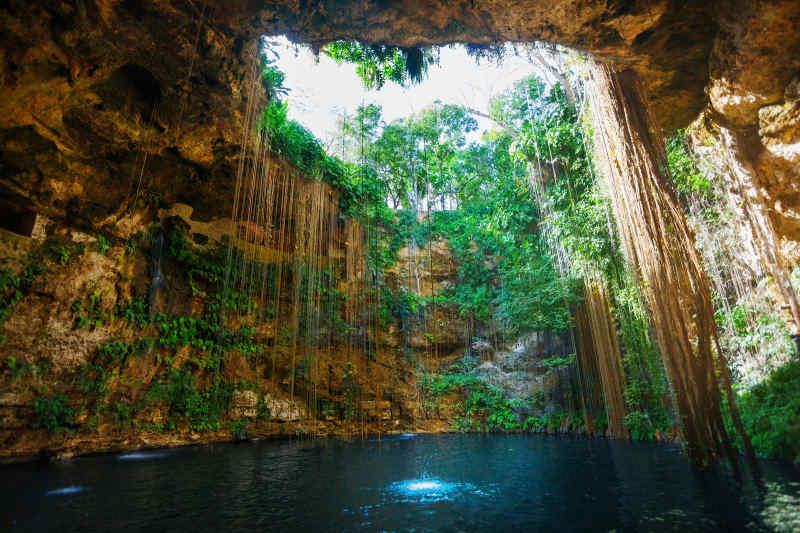 Ik Kil Cave Pool