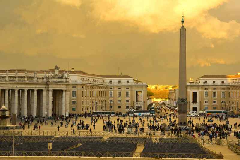 Travel to the Vatican City in Italy