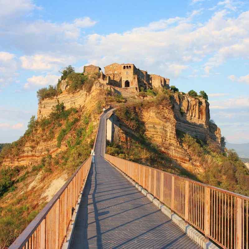 Civita di Bagnoregio, Lazio @riccardo_munaretto