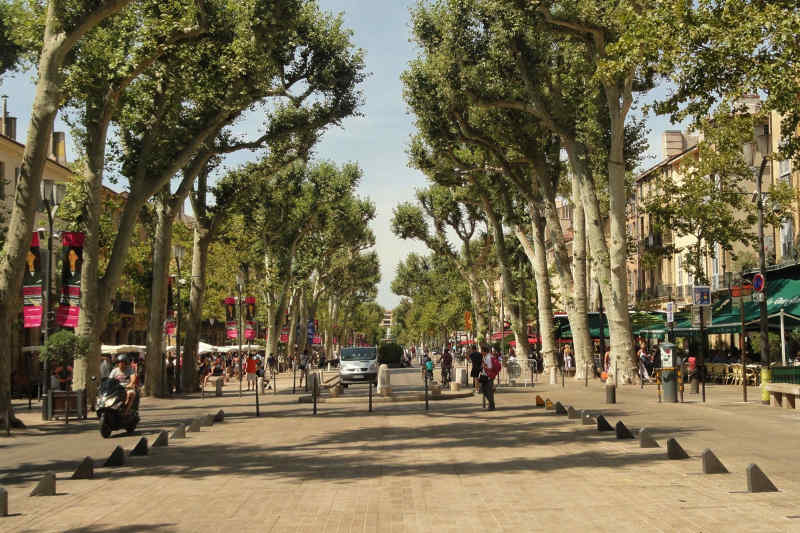 Travel to Aix en Provence in France