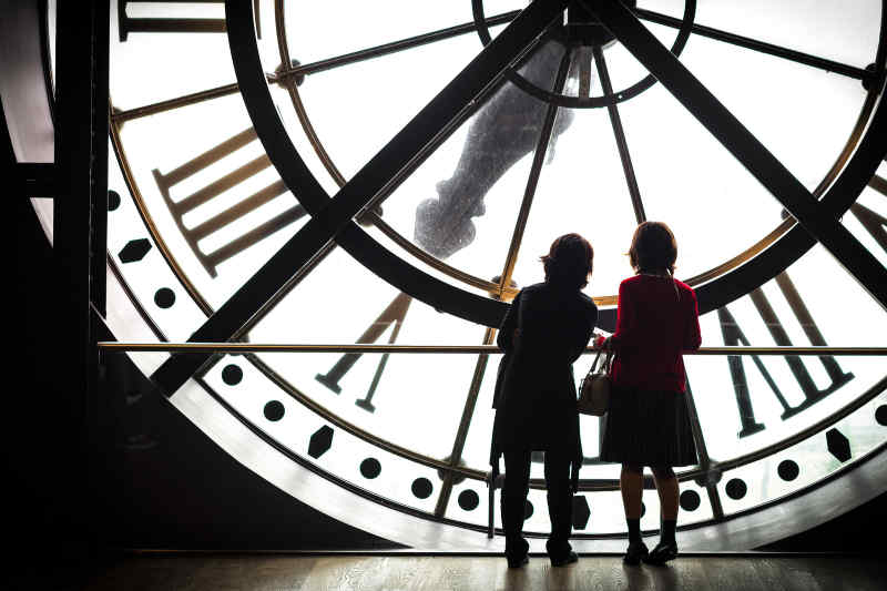 Tourists at Musée d'Orsay