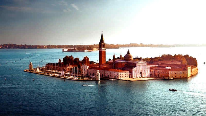 Travel to Venice in Italy