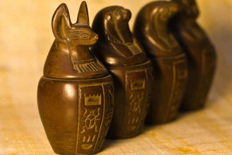 Figurines of canopic jars
