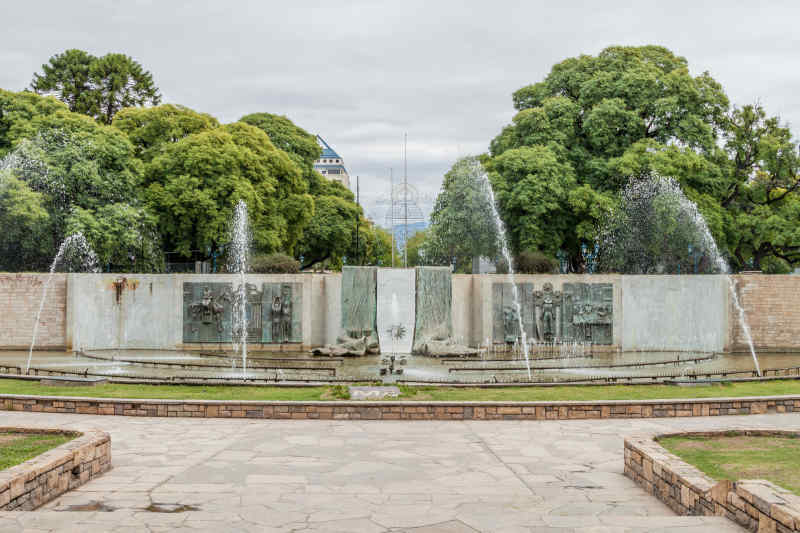 Fountain at Plaza Independencia • Mendoza, Argentina