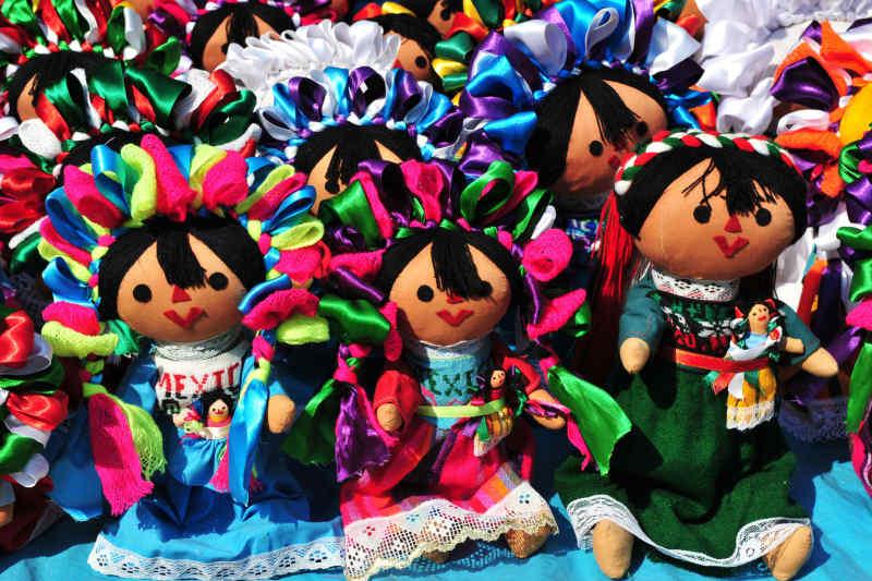 Otomi Dolls
