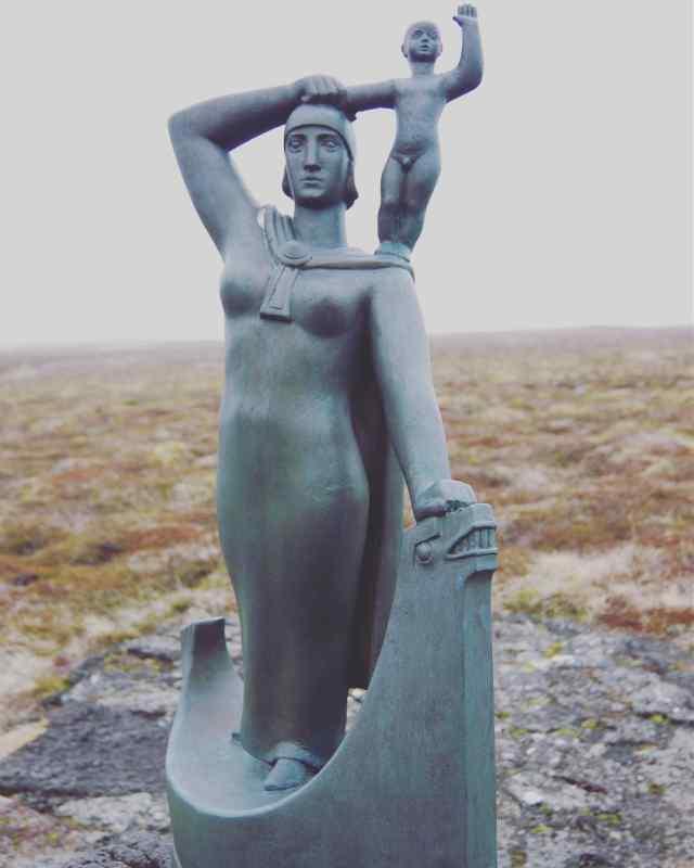 Statue of Gudrid Thorbjarnardottir