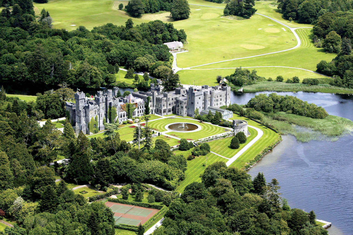 6Nt Ireland Flight, Castle, & B&B Pkg w/ Car from $1,928 for 2