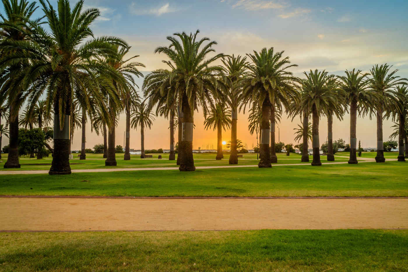 St Kilda Beach sunset • Melbourne