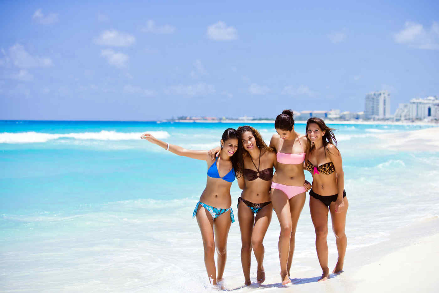 Group of friends in Cancun