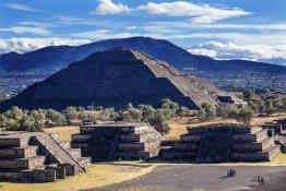 Pyramid of the Sun and Moon, Teotihuacan
