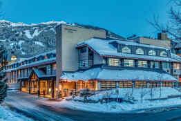 Listel Whistler Hotel