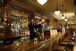 Scotts Hotel Killarney • Bar