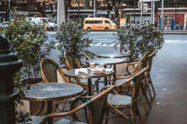The Savoy Hotel on Little Collins Melbourne • Alexander's Bar Outdoor Seating