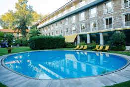 Hotel Grao Vasco • Pool