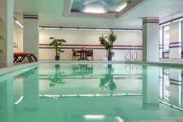 Cartier Place Suite Hotel - Pool