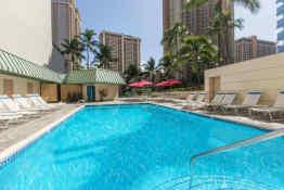 Ramada Plaza Hotel Waikiki • Pool