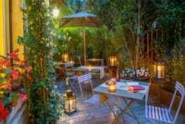Hotel Panama Garden • Patio