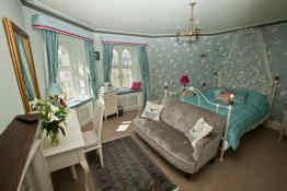 Glandyfi Hotel • Guest Room