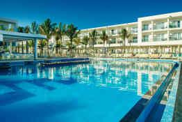 Hotel Riu Reggae • Pool