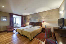 Parador de Hondarribia • Guest Room